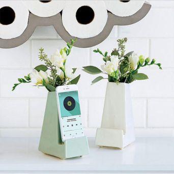 Smartphone Vase.jpg